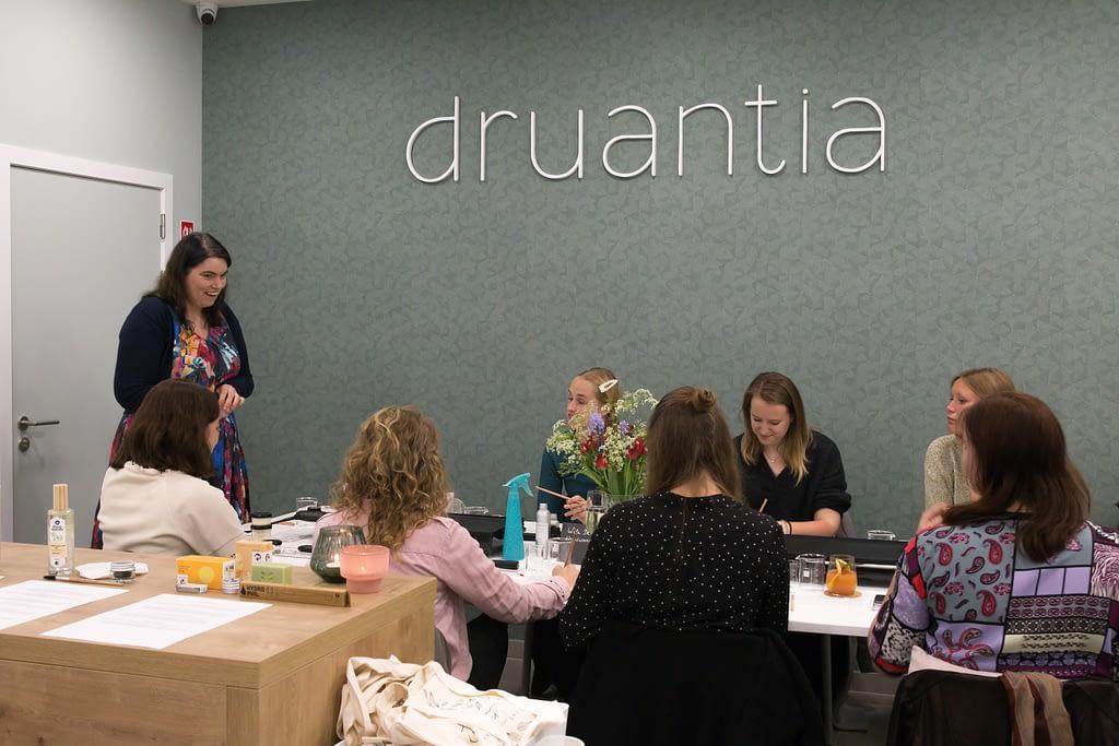 Workshop Druantia Copyright Druantia & Annick Andries