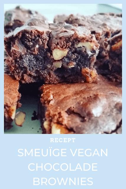 Deze vegan brownies zijn zo lekker, dat de kans op een overdosis wel heel hoog wordt. Ze zijn niet te onderscheiden van de klassieke brownies en bevatten lekker veel chocolade. Hmmmm. De eenvoudige ingrediënten vind je in elke supermarkt.