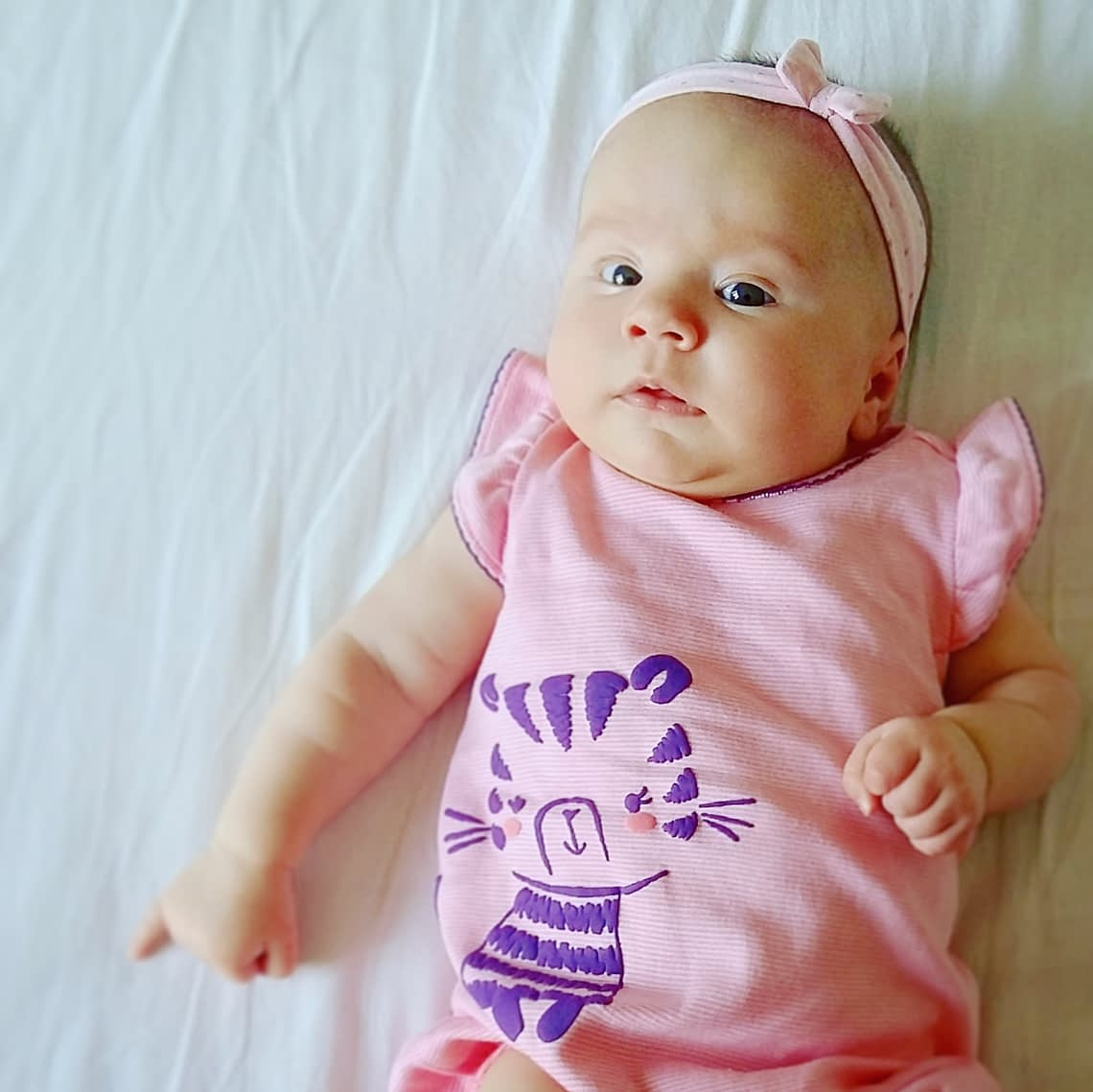 Lieve baby Ellis is nu twaalf weken oud.